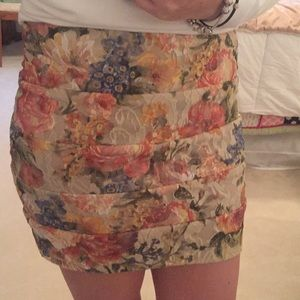 Dresses & Skirts - Lace floral print mini skirt
